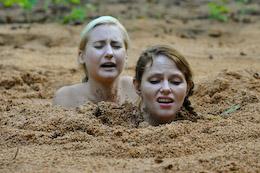 quicksand Lesbian sex in