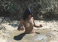 Free porn videos about sexy naked woman sinks in quicksand